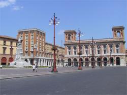 Piazza Saffi-razionalismo