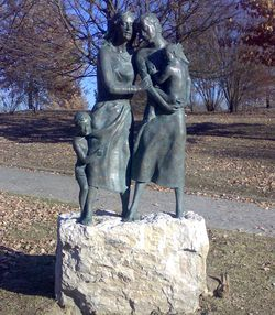 monumento madri e vedove di guerra